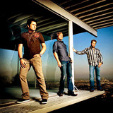 Rascal Flatts Bless the Broken Road