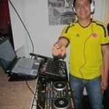 DJ DIEGO DEVIA