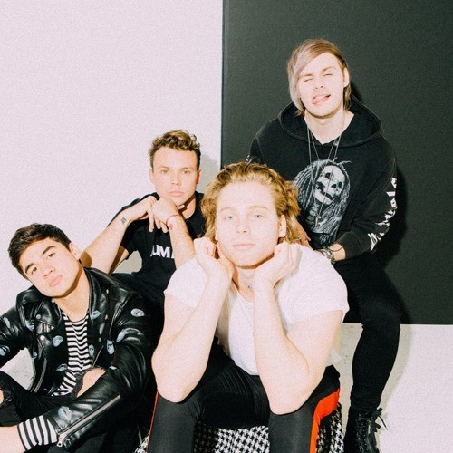 5 Seconds of Summer – She's Kinda Hot ringtone